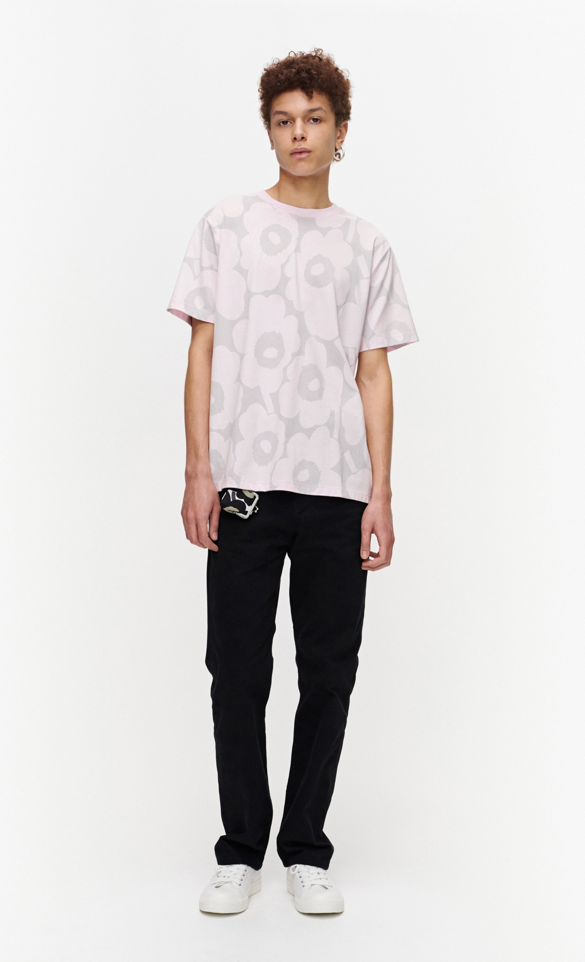 Hiekka Pieni Unikko Tシャツ