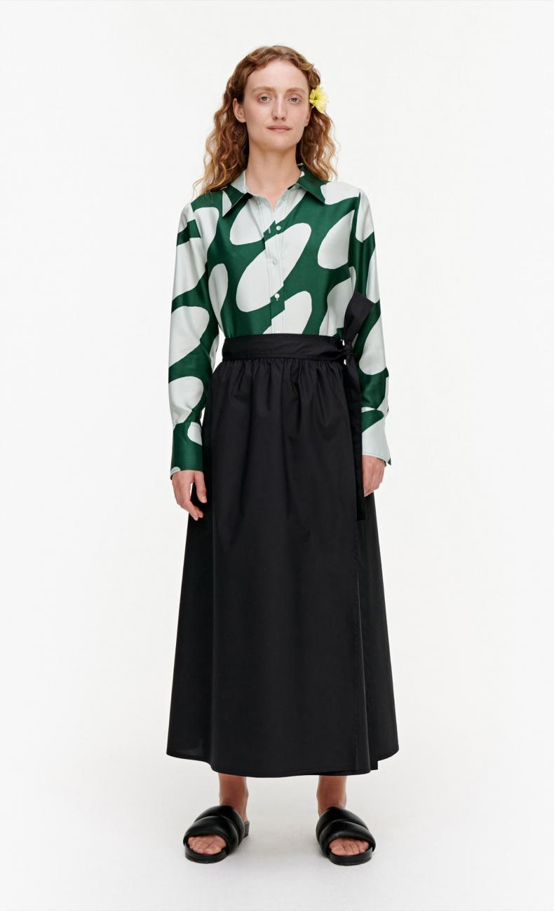 Surista スカート