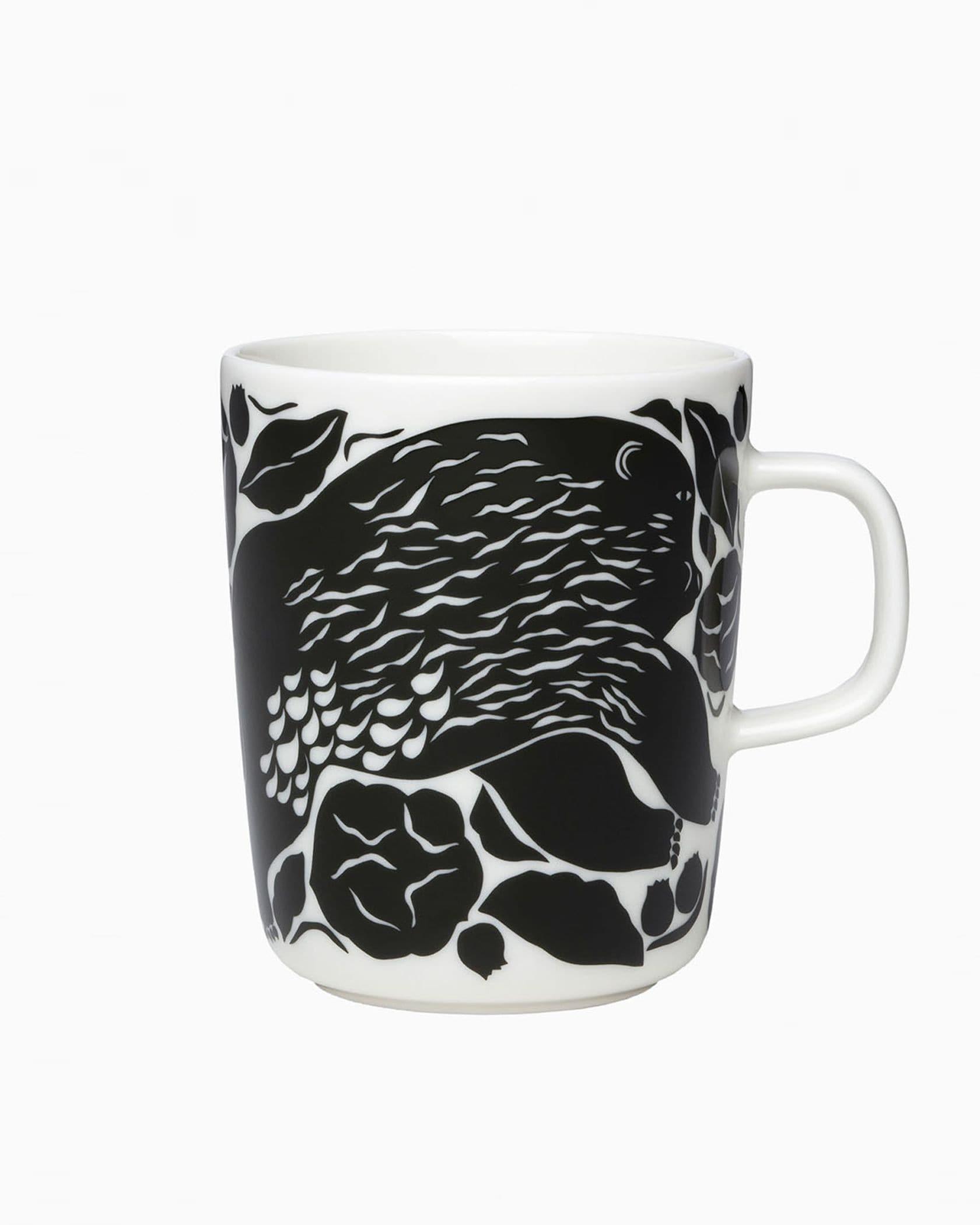 Karhuemo マグカップ